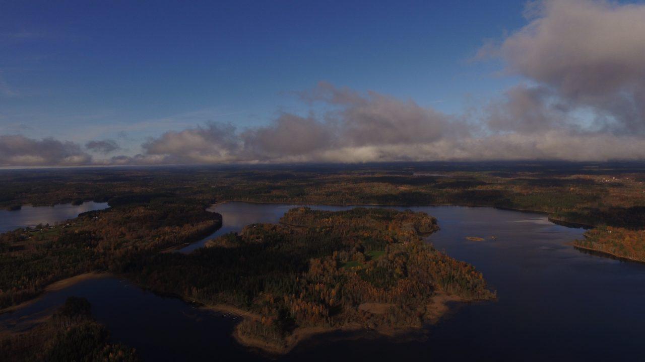 Die Halbinsel Kianäs aus ca. 450 m Höhe