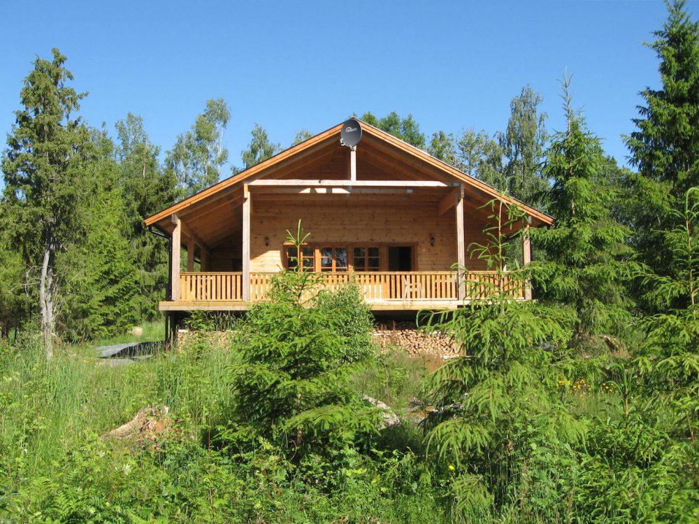 Das Blockhaus Fuchsbau am See Kiasjön