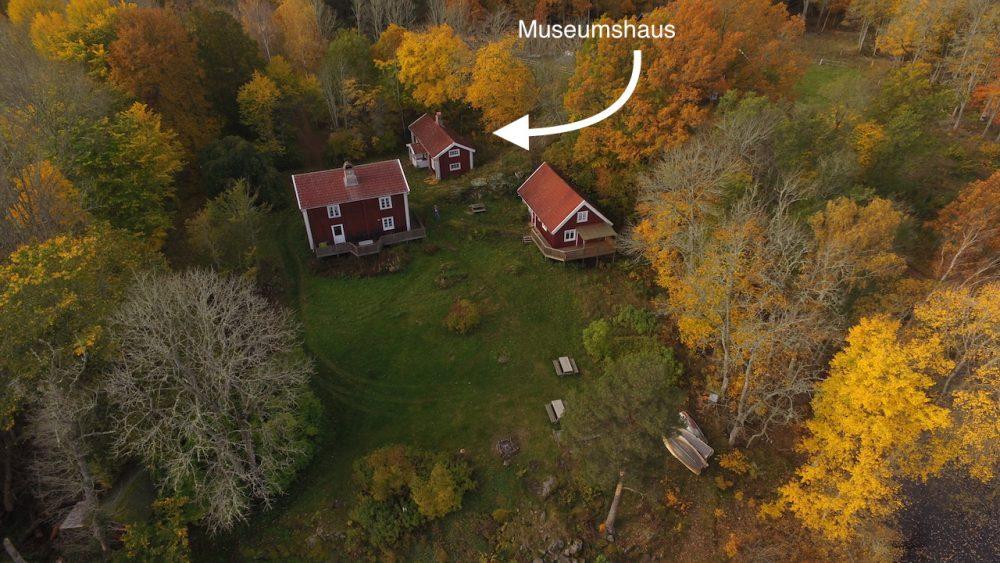 Das Museumshaus mit den beiden Nachbarhäusern