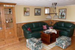 Wohnzimmer mit Lederrcouch