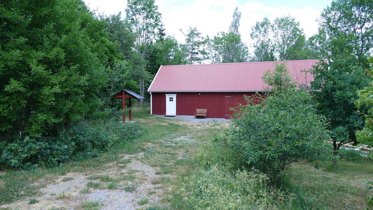 Nebengebäude mit Sauna und Tischtennisraum