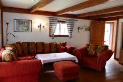 Urige und gemütliche Couch