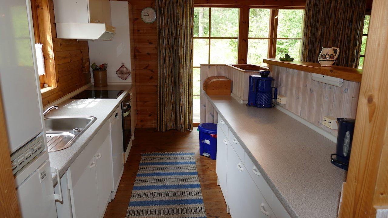 Küche mit Küchentresen