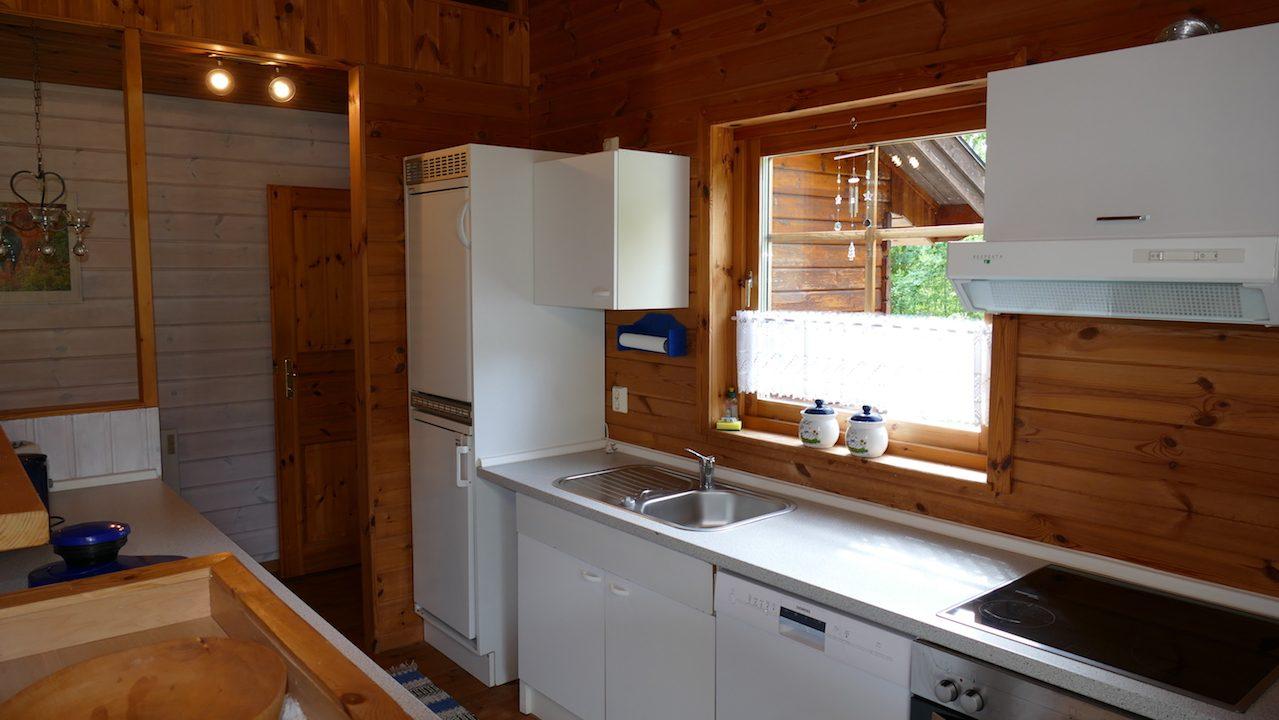Küche - komplett eingerichtet