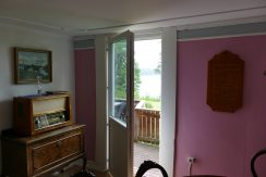 Durchgang zur Terrasse vom Wohnzimmer